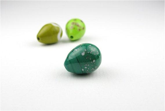Glass Egg bead trio/ Green Mix