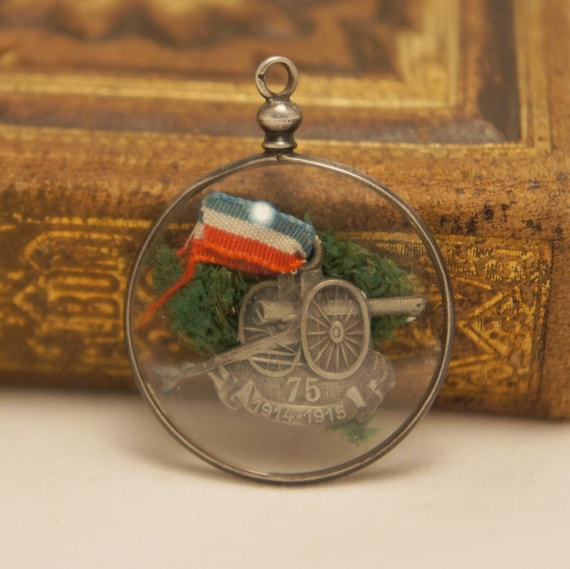 Pendant Glass Picture - Antique French WW1 Memorial glass Pendant
