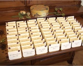 150 Elegant wedding place cards - Delicate Leaves - tented escort cards decoration