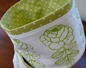 Vihkiruusu, apple green, Canvas Basket, Finland, linen cotton and polka dots