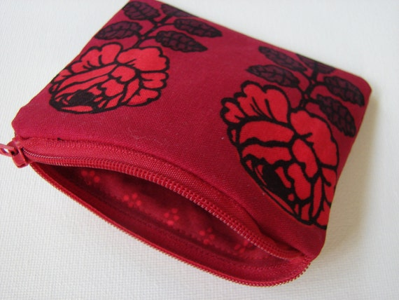 Red roses 'Vihkiruusu'  wallet coin purse, red ,make up pouch, Finland