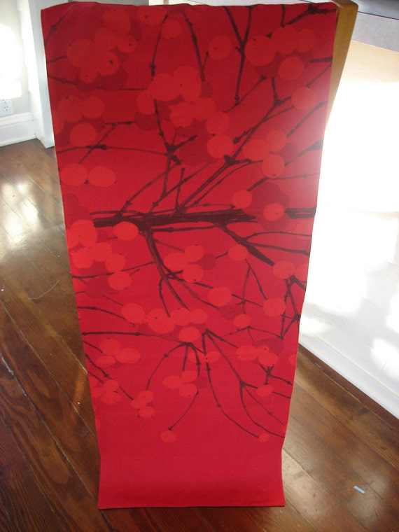 """Lumimarja  """"Snow Berry"""" Table Runner, fully lined with black twill, Red, Finland, SALE -20%"""