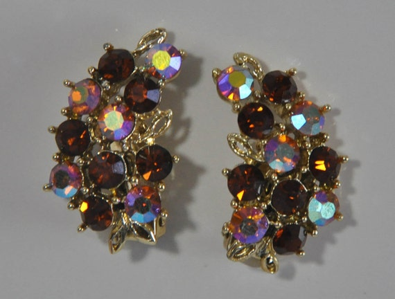 1960s Aurora Borealis and Smokey Topaz Rhinestone Ear Climbing Clip Earrings