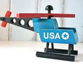 ViNTaGe ToY HeLiCoPTeR . PaiNTeD WooD . U S A