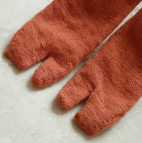 Hand knit Tabi Socks - Orange - Medium