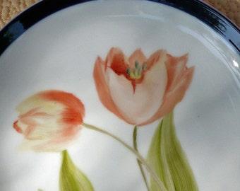 Peach Tulip Plate with Colbalt Blue Border