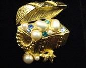 Vintage Trifari Treasure Chest Brooch