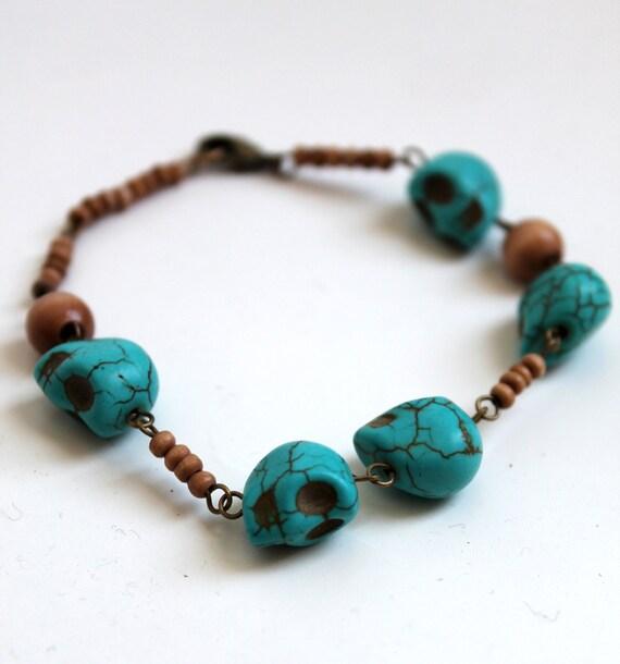 Turquoise Skulls and Wooden beads bracelet