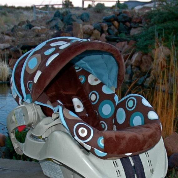 graco snugride custom infant car seat cover big dots. Black Bedroom Furniture Sets. Home Design Ideas