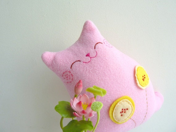 Plush Cat, Stuffed Cat, Cat Doll - Little Pinky with poppies