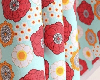 Traditional Spring Blooming Floral On Light Mint-Japanese Cotton Fabric (1/2 Yard, 17.7x40.9 Inches)