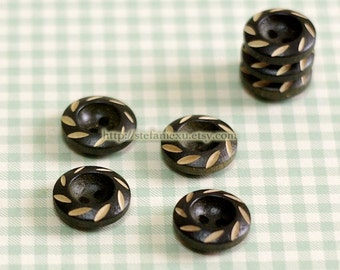 Wooden Buttons - Cute Black Pinwheel (4 in a set)