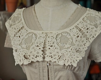 Sewing Supplies, Findings - Crochet Off White Victorian Floral Lace Collar