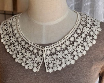 Sewing Supplies, Clothing Deco - Small Collars, Cotton Lace Crochet In Off White (K)