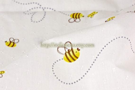 Flying Wee Bee - Japanese Jacquard Cotton Fabric (Fat Quarter)