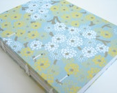 Japanese mums exposed spine journal - small