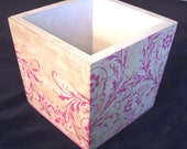CC,,,Shabby Chic Wooden Cache Box with Pink Scroll Design