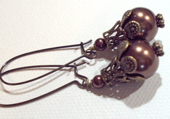 Jewelry Earrings Brown Chocolate Swarovski Pearl  Antique Brass  Glass Pearl FREE SHIPPING