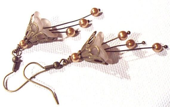 Jewelry Earrings Beige Pearl Antique Brass Lucite Swarovski Pearl FREE SHIPPING