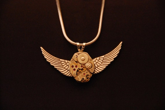 Time Flies - Custom made Steampunk Necklace