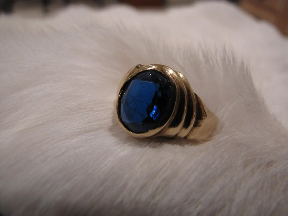 Vintage  Blue Sapphire 10K Yellow Gold Ring -Wedding Ring/Engagement Ring/Anniversary Sale