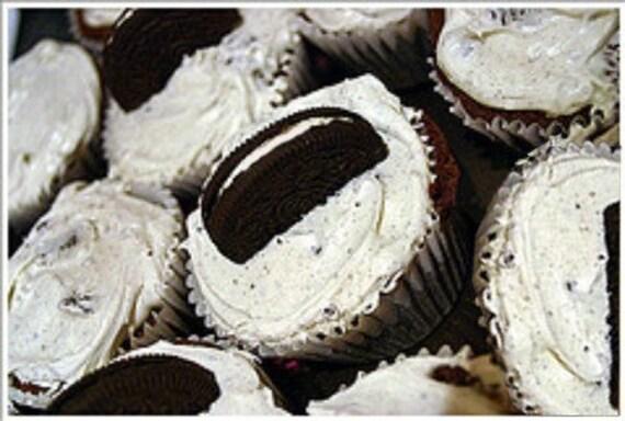 Fun  JoJo's Jonesing for a Vegan  HoHo  Cookie Cupcake Perfect Gift Birthday or Summer Party