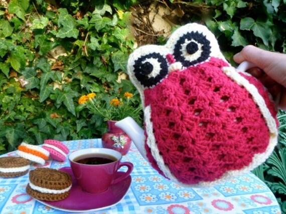 Granny Hoot Tea Cozy and Bag Pattern