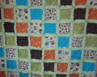 Life's a Hoot Rag Quilt / Raggedy Quilt