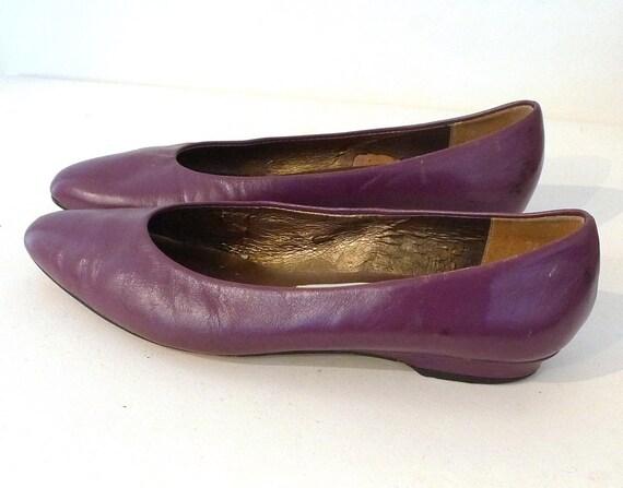 Sz. 7.5, Vintage Violet Leather Flat Shoe, Low Wedge Ballet Loafer
