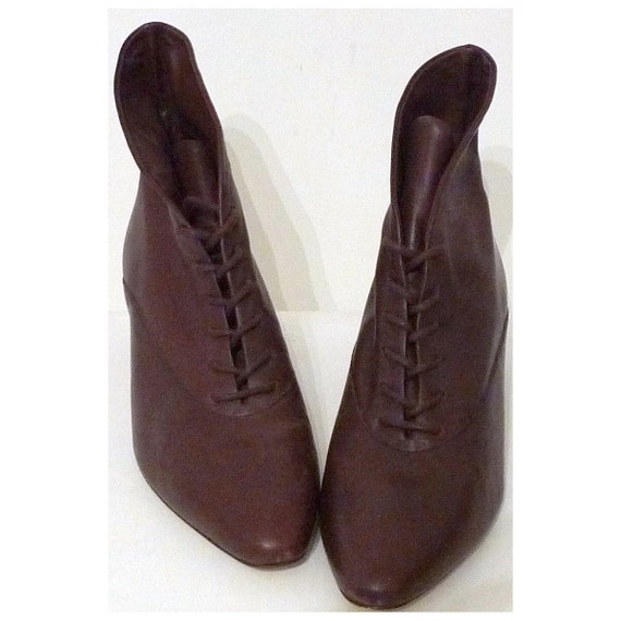 Sz. 7, Brown Ankle Lace-up Boots, Granny's Oxford Chukka Desert Booties, 1980s Does 1920s Witchy