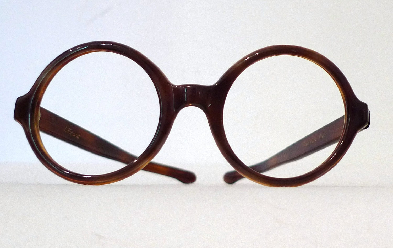 What type of Prescription glasses are fashionable these ...
