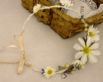 Country Daisy flower crown a Daisy a Day Headband Hippie Bride Daisy Hair Band Boho Circlet Flower Crown cottage chic hair flowers