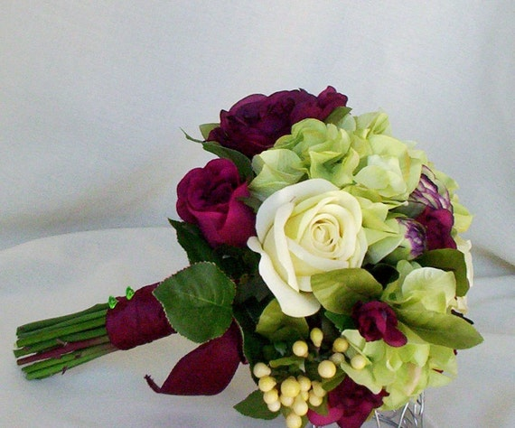 Silk Wedding Flowers Burgundy green Brides Maids Bouquets Bridal party Accessories bokay winter destination Wedding