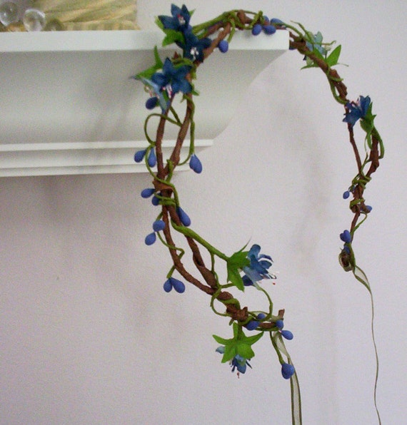 blue hair Fashion flower crown Pip Berries WildFlower wreath woodland berry vine headwreath bridal party halo headpiece Wedding Accessories