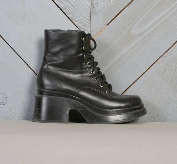 90s PLATFORM BOOTS / Chunky Sole Lace-Ups, 6