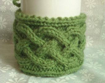 Cable Knit Mug Cozy - Tea Leaf Green