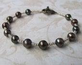 Iris Pearl Bracelet