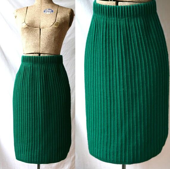 Vintage 1980's Sweater Skirt / Emerald Green