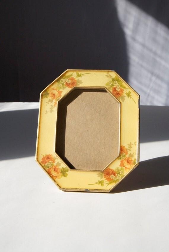 Vintage 1940's Picture Frame . Tabletop Photo Frame, Decorative Rose Border Shabby Cottage