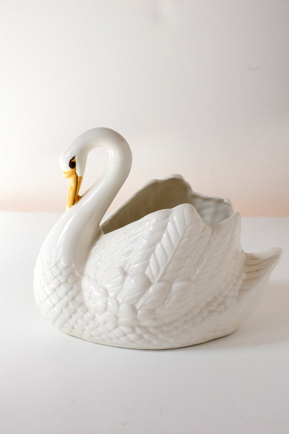 Vintage Swan Planter .  Made in Holland