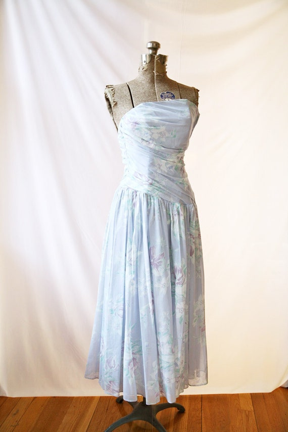 Vintage Laura Ashley Dress  Strapless rusched  Lavender Floral Print