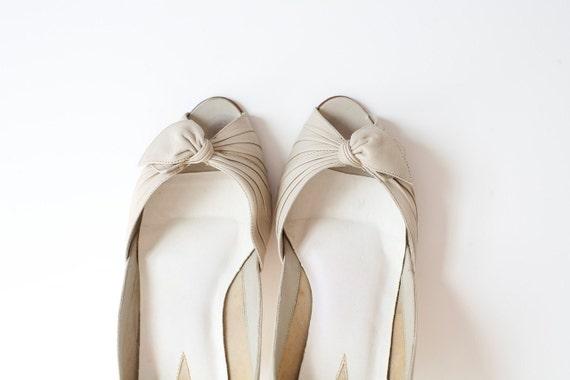 Size 7.5 Peep Toe . 9West Vintage 80's  Heels