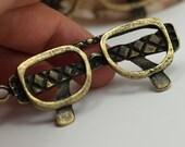 2 PCS Antique Bronze Tone Metal Eyeglasses Pendant ,Findings,Connector,Charms  - ABP-17M