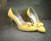 Vintage 1950s Vogue Sunshine Yellow Heels Size 7
