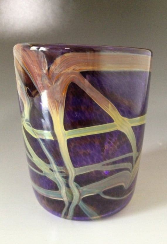 Handmade blown drinking glass cup tumbler