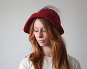 1940's cranberry wool cloche