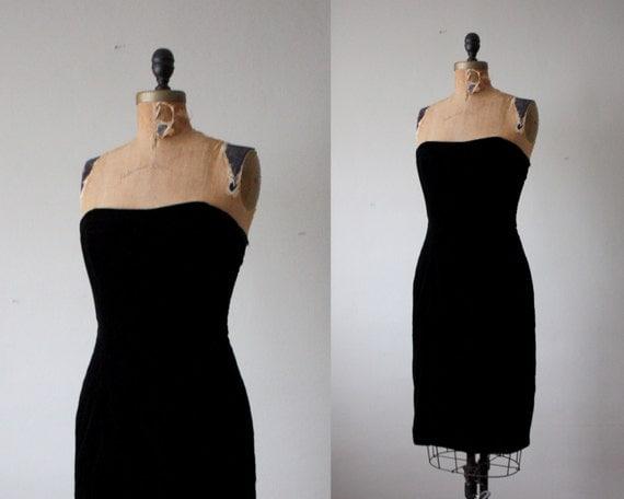 black strapless dress - vintage 1970's black velvet dress