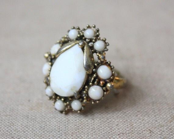 1950's teardrop ring
