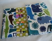 Crayon Tote On The Go - 2 D Zoo In Blue