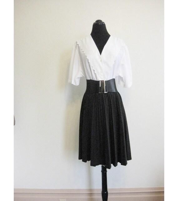 Vintage PLUS SIZE V Neck Rockabilly Bright White Shirt Blouse L Xl 1970s 1960s